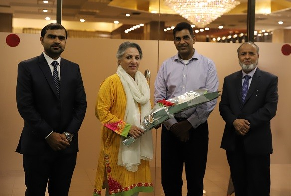 An Iftaar-dinner was hosted by APEX Consulting Pakistan on May 30, 2019 at Islamabad Hotel.  The event started with the recitation of the Holy Quran. Chief guest for the evening was Ms. Rukhsana Naveed, a Pakistani Politician who has been a member of the National Assembly since August 2018 and in September 2018 she was appointed as a Federal Parliamentary Secretary for Climate Change.  After a brief introduction of APEX Consulting Pakistan and the esteemed Chief Guest, the event was followed by a cheque distribution ceremony for the staff of APEX. Moreover, an employee from Infrastructure domain of APEX was awarded with a cash prize for being the best employee of the year. Senior Partner of APEX Consulting then delivered a closing speech and thanked all the guests on his behalf.
